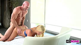 Payton Simmons gets fucked...