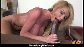 Mature Mom barely takes 10 inch Black Cock 4