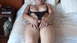 ARDIENTES 69 - MASTURBATION AND ORGASMS OF MY WIFE
