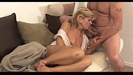 Mature Sweet Wake up and Mouth Cum - MORE ON - SEXYCAMGIRLS.FUN.MP4