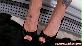 Footfetish babe pussyfucked after...