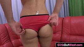 Hairy chick Leia achieves multiple orgasms