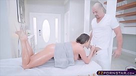 Masseur with a big...
