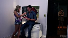 Chastity Lynn Gets Her Pussy Drilled in PAINT, SCENE #03