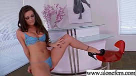 Amateur Teen Girl Love To Play With Vibrator movie-18