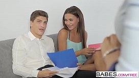 Babes - Office Obsession - Shaking...