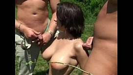 !SLOWMOTION-PISSED HUNGARIAN TITS...