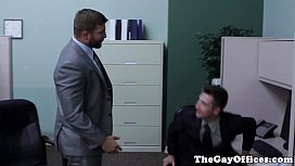 Ripped officehunk pounds newbie...
