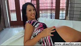 Crazy Girl Insert All Kind Of Stuffs In Pussy movie-04