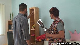 Granny seduces her daughter'_s BF