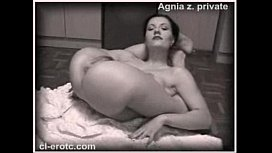 Nude Contortionist Agnia Zemtsova Ties Herself In Knots On The Floor porn vid