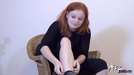 Hairy redhead learn how to use condom before get cum on pussy
