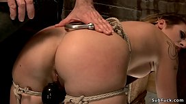 Slave pussy vibrated in suspension