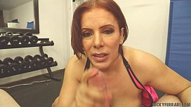 Bomshell HOT Latina MILF Workout
