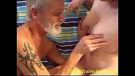 Teen feeds DIRTY Daddy...