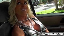 RealityKings - Milf Hunter - Dani...