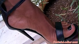 Footworshiped ebony babe pleasured...