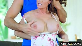Mature MILF slut Diamond...