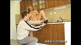 Privat Fuck in kitchen...