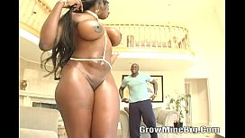 Ebony Kelly Star With...
