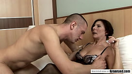 Sexy GILF Margo T plowed on the bed