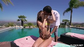 Petite Brunette Riley Reid Can'_t fathom the size of this BBC