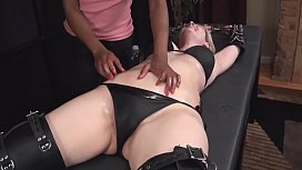 Milf Laura oiled and...