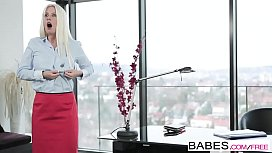 Babes - Office Obsession - Jessie...