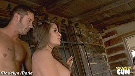 Hottie Madelyn Marie gets facialized in threesome