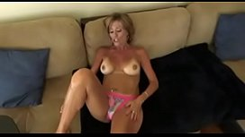 40-year-old Milf proves what a bitch is