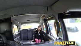 Fake Taxi Italian beauty...