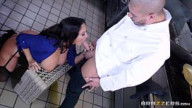 Brazzers - Dirty milf Ava...