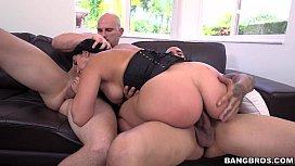 Ridiculous Thickness - Valerie Kay...