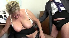 Free version - Mom wants cock and immediately takes the cock of her s. and cousin to draft