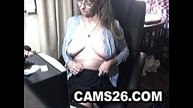 Lovely granny with glasses 4 - Cams26.com