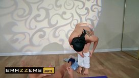 Big Butts Like It Big - (Mandy Muse, Xander Corvus) - Yoga Freaks  Episode Ten - Brazzers