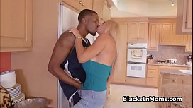 Two BBCs in cheating MILF