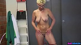 Spex mature beauty tugs and wanks cock