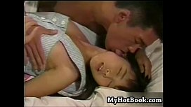 Watch This Cute Japanese Teen Getting Her Tight