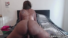 Phat ass black girl bouncing her round big ass on thick dildo