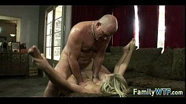 Stepdaughter gets fucked 0585
