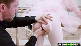 Horny ballerina gets the dick inside her ramming from behind! sex videos