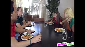 Summer Vacation With Elsa Dream And Liza Rowe