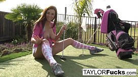Taylor shows you her...