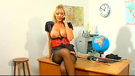 Telephone sex girl Lucy...