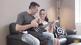 OLD4K. Coquettish miss seduces old rock-n-roll dude for hard sex