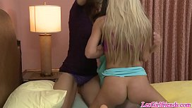 Lesbian threesome with Syren...
