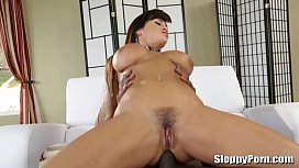 Lexington Steele fucks busty MILF Lisa Ann