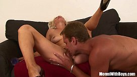 Hairy Pussy Blonde MILF...