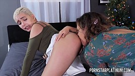 Eve Ellwood fucks Aaliyah...